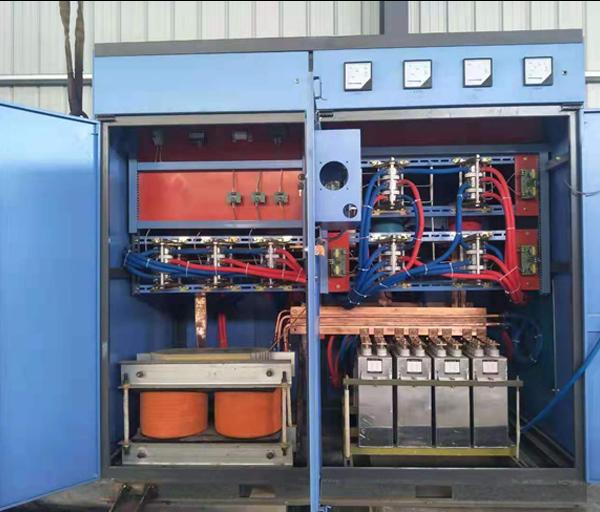 800KW三倍压可控硅节能电源内部
